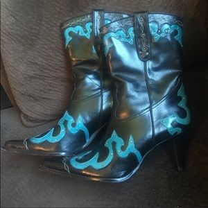Antonio Melani Boots sz 7.5
